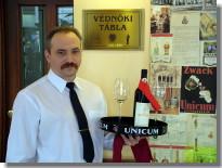 Vörös Postakocsi Restaurant - Waiter